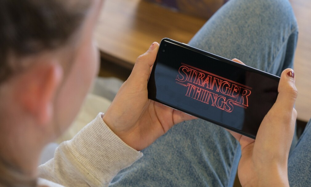 NETFLIX: Det kan være lurt å sette begrensninger på mobildataforbruket før du slår deg løs med Netflix i utlandet. Foto: Martin Kynningsrud Størbu