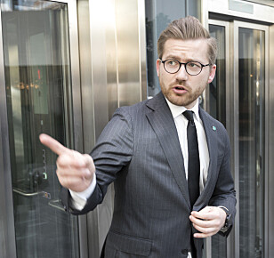 SKJØNNER IKKE KRITIKKEN: Statssekretær Sveinung Rotevatn (V) i klima- og miljødepartementet. Foto: Gorm Kallestad / NTB scanpix
