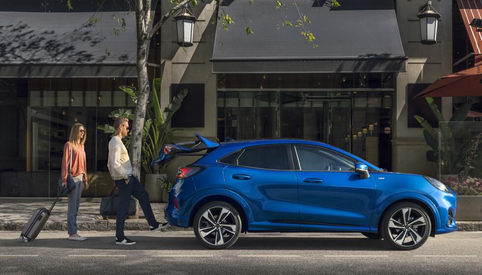 ALT NYTT: Pumas design er sportslig og viser veien for Fords nye modeller framover. Også under skallet er det mye ny teknologi, inkludert et lite hybrid-system. Foto: Ford