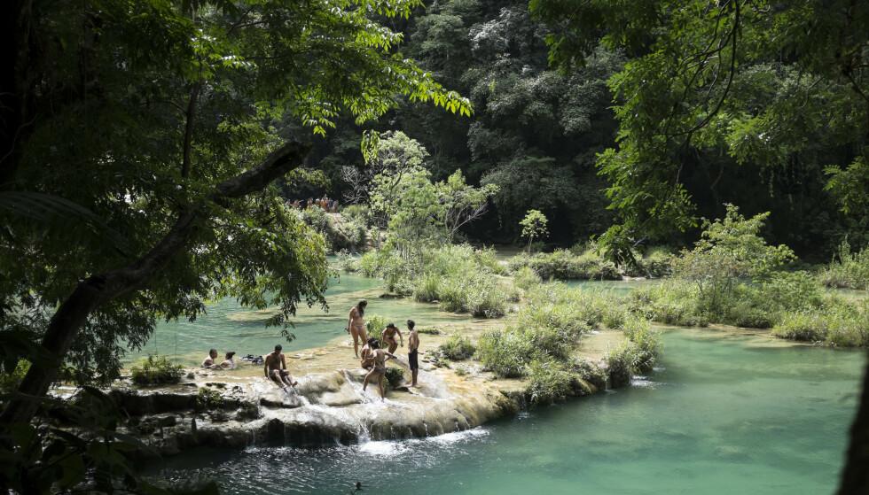 BADING: I tropiske strøk kan det være lurt å gjøre skikkelige undersøkelser før du bader i ferskvann. Illustrasjonsfoto: NTB Scanpix