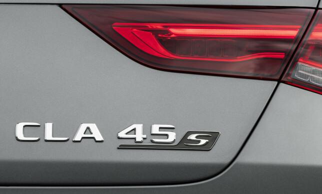 FØRSTE GANG: Vi har aldri hatt en S versjon av A og CLA 45 tidligere. Den blir RÅ!. Foto; Mercedes
