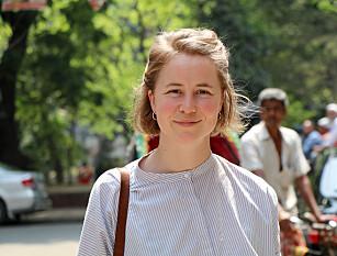 VELG SVANEMERKET: Leder for FIVH, Anja Bakke Riise, anbefaler deg å kjøpe svanemerkede solkremer. Foto: Framtiden i våre hender.