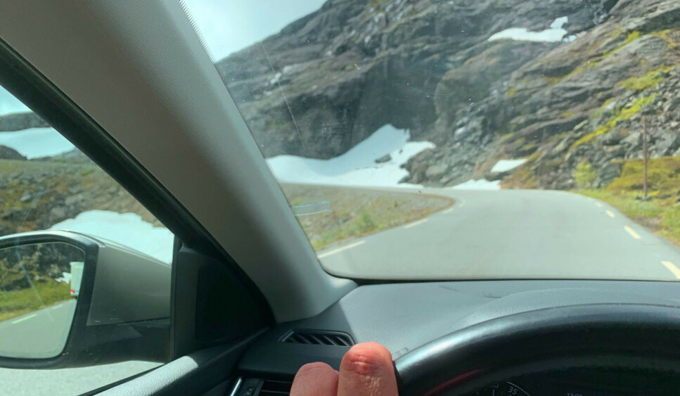 POPULÆRT: Stadig flere velger persontransport uten løyve, når de skal oppleve vestlandsnaturen - som her, fra Trollstigen. Foto: Redaksjonen