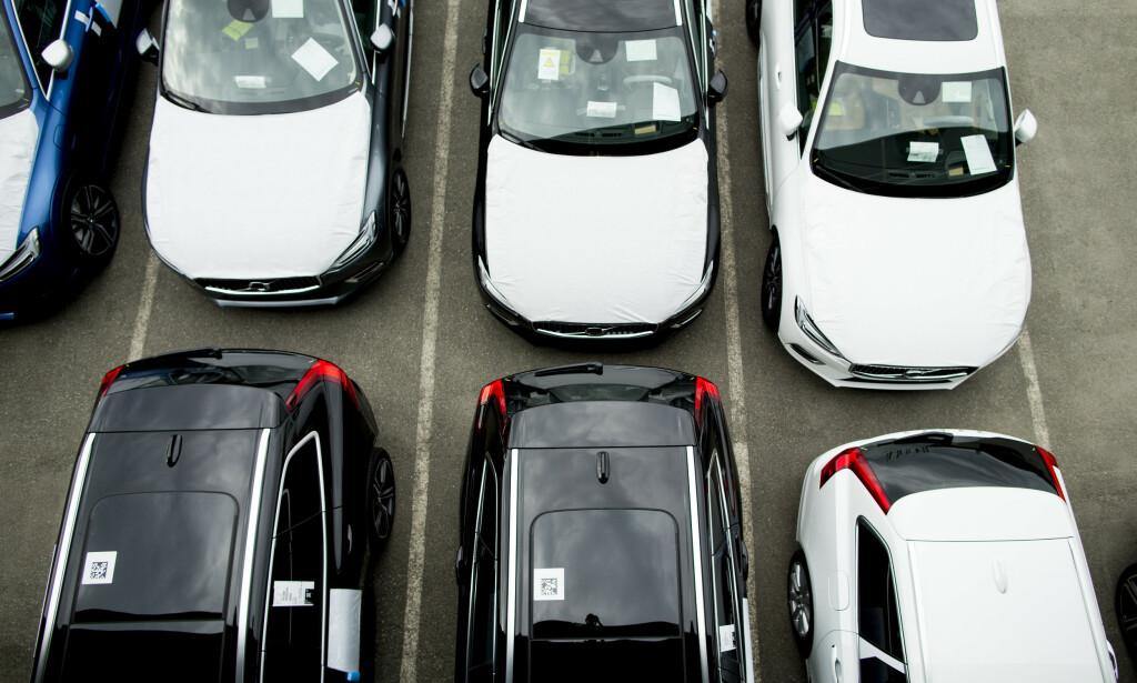 ØKER: Bilsalget øker i Norge og noen få andre land i Europa. Foto: Vegard Wivestad Grøtt / NTB scanpix