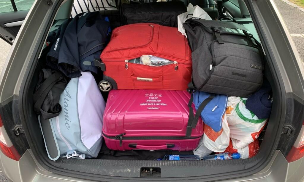 PASS PÅ: Skal du utenlands i sommer, er det visse ting du ikke bør ha i bagasjen når du skal hjem igjen. Foto: Bjørn Eirik Loftås