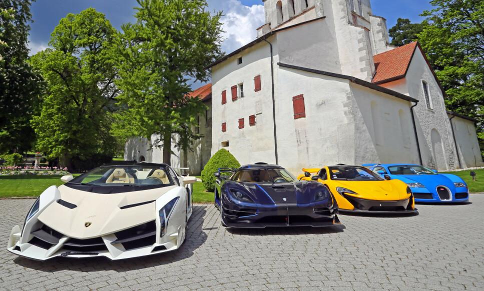 <strong>SUPERBILER SELGES:</strong> Lamborghini Veneno, Koenigsegg One:1, McLaren P1 og Bugatti Veyron er blant hyperbilene som nå blir lagt ut for salg. Foto: Bonhams