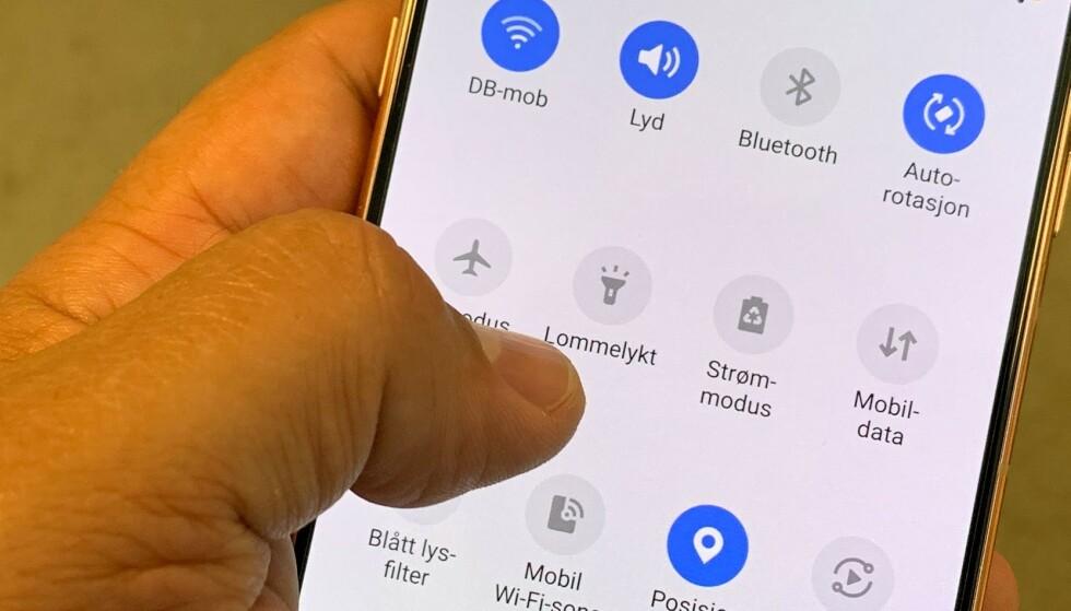 STANDARD: Lommelykt ligger på telefonen din allerede. Her: Samsung A80. Foto: Bjørn Eirik Loftås