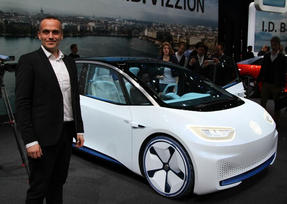 NORGESBIL 2020? VW-importøren, her representert ved administrerende direktør Harald Edvardsen Eibak, har store forhåpninger til elbilen ID.3, som etter planen kommer på veien til sommeren. Nå er spørsmålet om programvarefeil kan forsinke utleveringene. Foto: Dinside