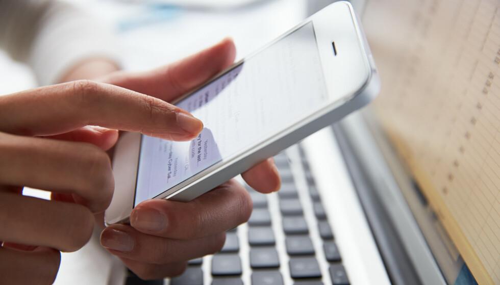 SVINDEL: Posten og Politiet ber deg på vakt overfor mistenkelige tekstmeldinger. Foto: Shutterstock