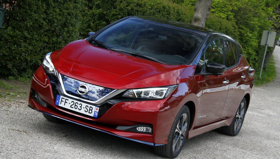 FÅR IKKE LYNLADING: Nissan Leaf-eierne får foreløpig kun ladet med 46 kW hastighet på lynladerne. Fortum lover utbedring innen 2019, men det blir fortsatt ikke 100 kW, som lovet. Foto: Knut Moberg