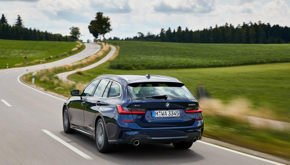 SKARP, PRESIS, STABIL: BMW har virkelig satt kjøreegenskapene i høysetet. Foto: Fabian Kirchbauer