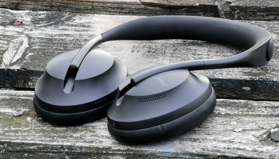REBOOT: Med en helt ny design, har Bose gått tilbake til tegnebrettet på sine trådløse hodetelefoner med aktiv støydemping. Foto: Pål Joakim Pollen