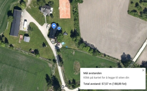 GOD REKKEVIDDE: Vi kom rundt 58 meter unna mobiltelefonen med fri sikt før signalet begynte å falle ut. Foto: Google Maps