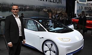 STORSELGER: - Vi tror ID.3 blir Norges mest solgte bil, sier VW-direktør Harald Edvardsen-Eibak. Foto: Rune Nesheim