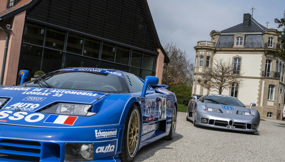 RETRO: Bugatti EB110 ble lansert i 1991. Det ble produsert 139 eksemplarer av superbilen. Foto: Bugatti