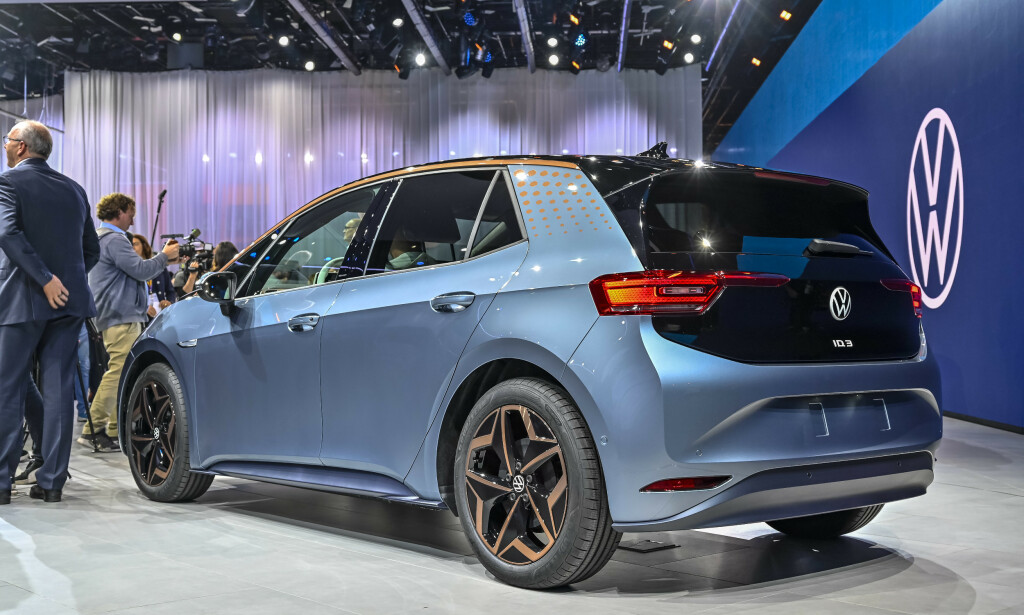 ID.3: Når Volkswagen tilbyr 42 mils rekkevidde til 330.000 kroner, kan ID.3 bli Norges mest solgte bil neste år. Foto: Jamieson Pothecary