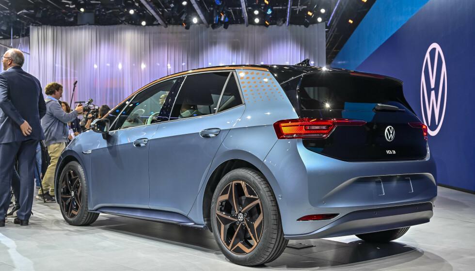 MED DATATRØBBEL: VW ID. 3 - kommer den til å være i rute til sommeren ...? Foto: Jamieson Pothecary