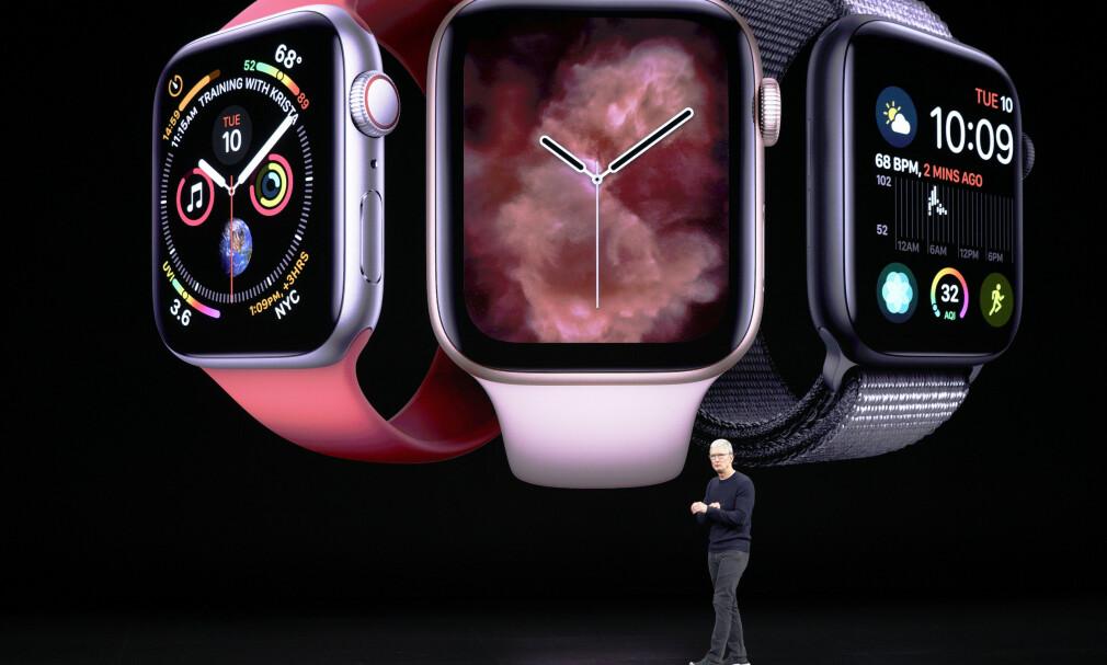 FEMTE VERSJON: Apple har lansert en ny versjon av sin populære smartklokke, Apple Watch Series 5. Foto: Tony Avelar/AP/NTB Scanpix