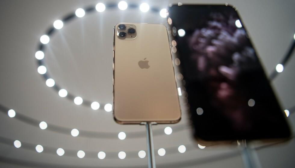TRIPPEKAMERA: Det nye trippelkameraet er den store nyheten på toppmodellene iPhone 11 Pro og iPhone 11 Pro Max. Foto: Josh Edelson/AFP/NTB Scanpix