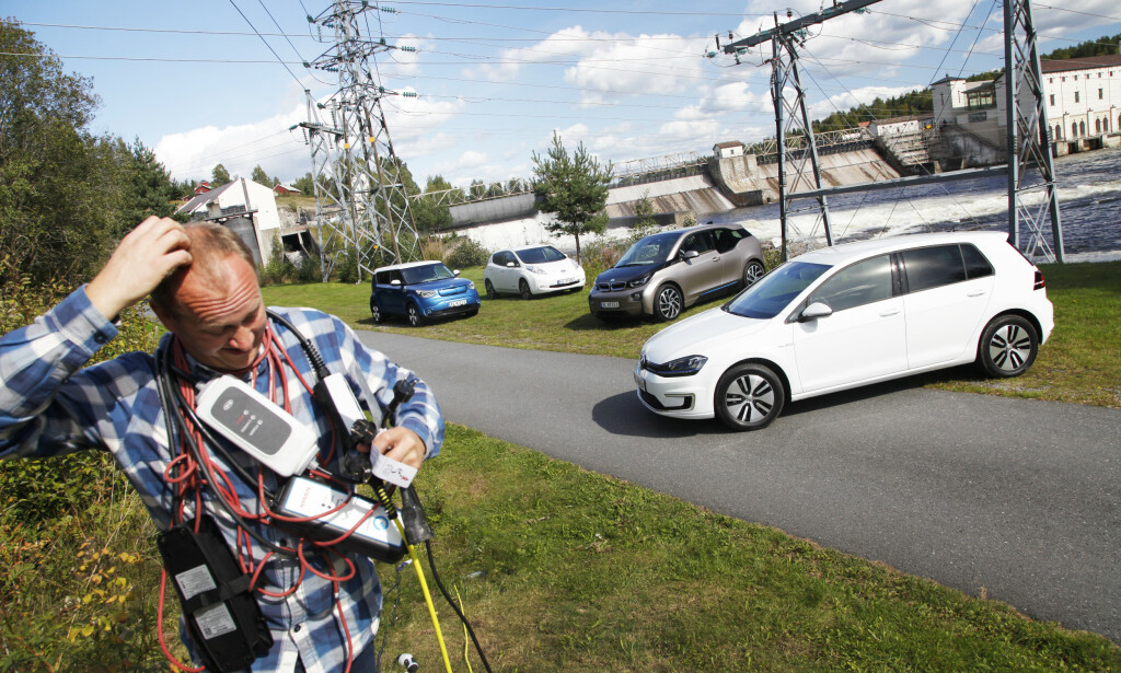 TØFFERE BRUKTMARKED: Mange vil klø seg i hodet over hvordan de skal bli kvitt den gamle elbilen sin. Foto: Espen Stensrud