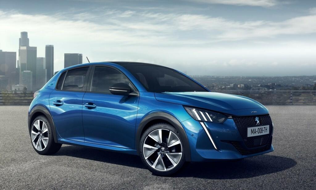 LITEN OG GOD: Peugeot e-208 blir å få fra rundt 250.000 kroner. Foto: Peugeot