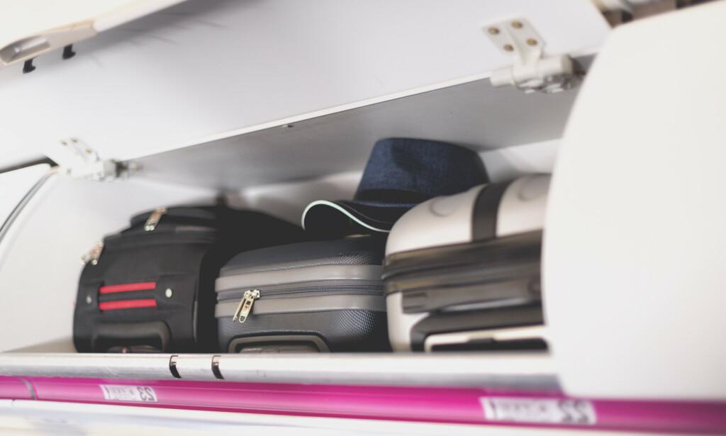 HÅNDBAGASJE: En svensk test av kabinkofferter avslører at billig kan være nesten like bra som dyrt. Ifølge testen er kun marginale forskjeller på Kabinkofferten Regent fra Rusta og Flux fra Samsonite. Illustrasjonsfoto: Shutterstock/NTB scanpix (koffertene på bildet er ikke identiske med de omtalte koffertene fra testen)