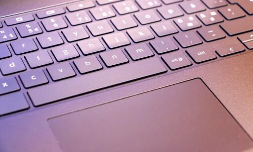 Tommel opp for godt tastatur og god styreflate. Foto: Martin Kynningsrud Størbu