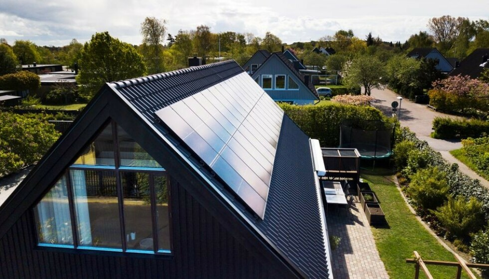 SOLSTRÅLE: Ikea begynner å selge solcellepaneler – først i Sverige. Foto: Ikea