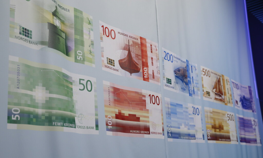 NYE SEDLER: Slik ser de nye pengesedlene ut. Nå er det de gamle 50- og 500-sedlene som snart erstattes for godt. Foto: Terje Pedersen/NTB Scanpix.
