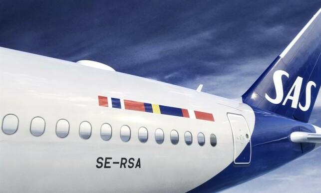 MER BLÅTT: Den blå fargen på halen blir styrket og utvidet lenger ned på flykroppen. Foto: Sas.