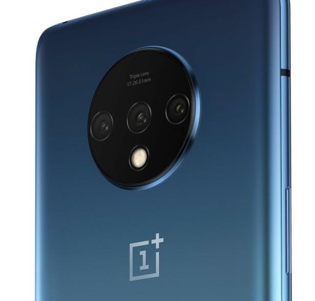 TRE KAMERAER: På baksiden av OnePlus 7T finner vi et trippelkamera-system. Foto: OnePlus
