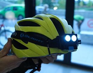 SE OG BLI SETT: Om du bruker lykter på hjelmen, bør du unngå de aller kraftigste, anbefaler Wold. Foto: Martin Kynningsrud Størbu