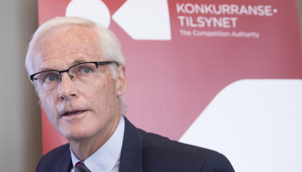 ÅPNER SAK: Konkurransetilsynet har fulgt nøye med på drivstoffmarkedet gjennom flere år, og i 2016 startet tilsynet med særskilt markedsovervåking. Bildet viser direktør Lars Sørgard i Konkurransetilsynet. Foto: Terje Pedersen/NTB Scanpix.
