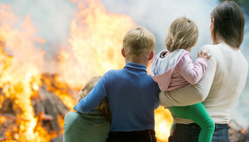NÅR ULYKKEN RAMMER: Brann i boligen kan ramme oss alle. Det er også derfor Direktoratet for samfunnssikkerhet og beredskap råder familier å ha brannøvelse hjemme minst en gang i året. Illustrasjonsfoto: NTB Scanpix.