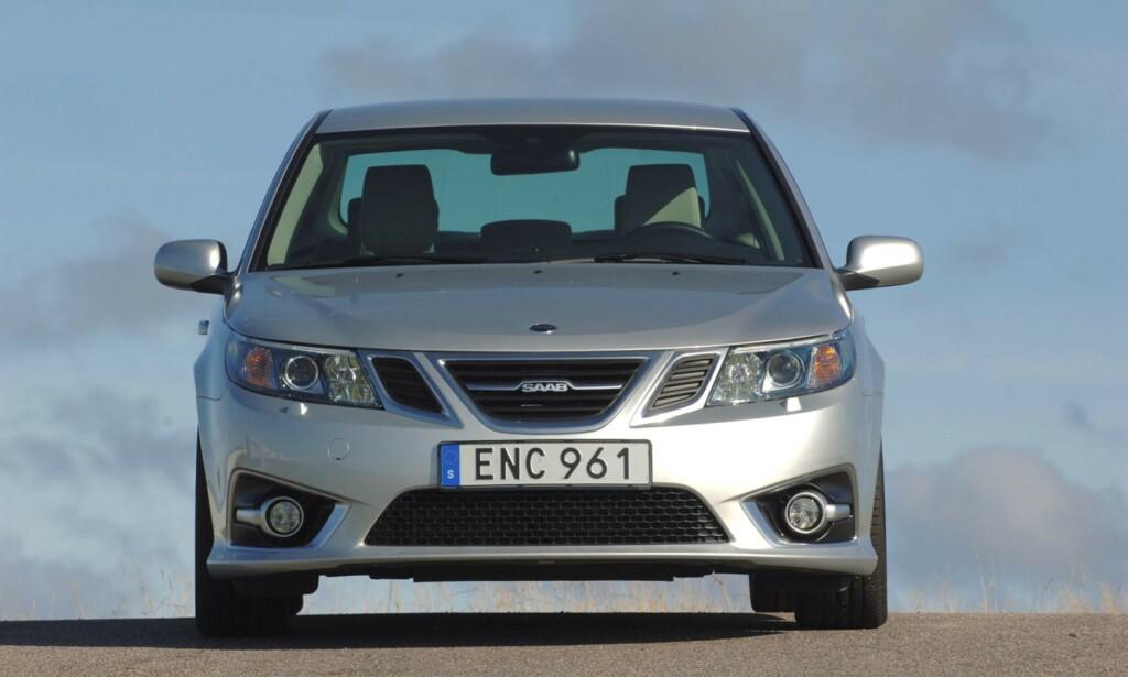 TIL SALGS: Tidenes siste Saab selges nå på nettauksjon, fra Sverige. Saab 9-3 Aero Turbo4 fra 2014 med bare 66 kilometer på klokka kan trolig bli din - ifølge auksjonshuset Bilweb Auctions for mindre enn 420.000 kroner. Det spørs ... Foto: Bilweb Auctions