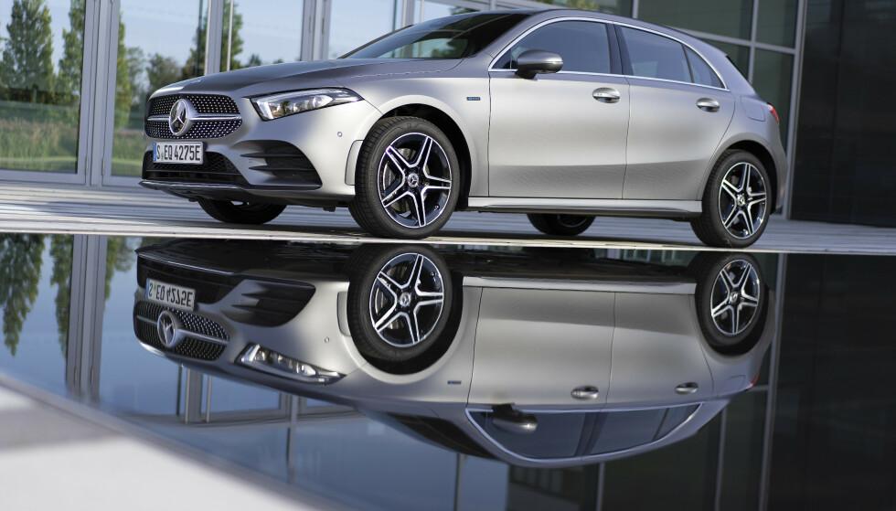 BRA PRISET: Mercedes-Benz A 250 e starter på 380.000 kroner. Foto: Daimler AG
