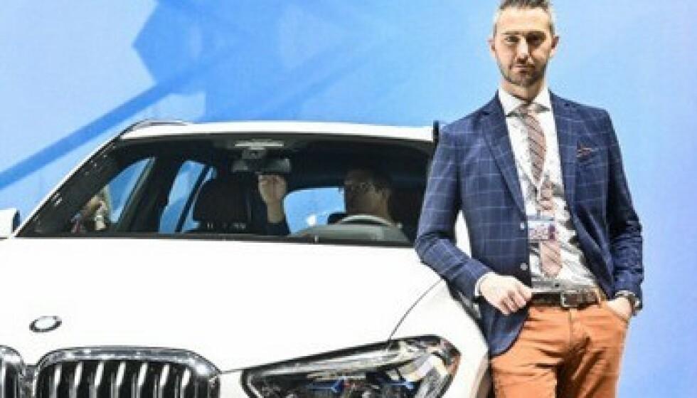 MARKEDSTILPASSET: - Dette er en kampanje forhandlerne kjører på biler som kan leveres raskt. Vi har først og fremst tilpasset utstyrsnivået i bilene, sier Marius Tegneby, informasjonsdirektør hos BMW Norge. Foto: Jamieson Pothecary