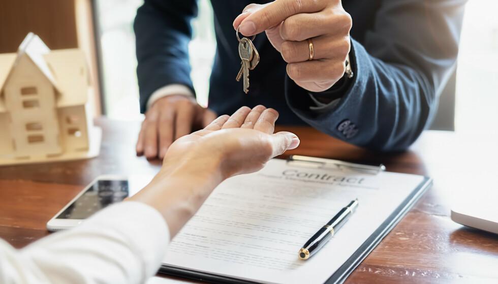 BOLIGKJØPERFORSIKRING: Forbrukerrådet mener at boligkjøperforsikring fra If og Help er for lave. Foto: Shutterstock