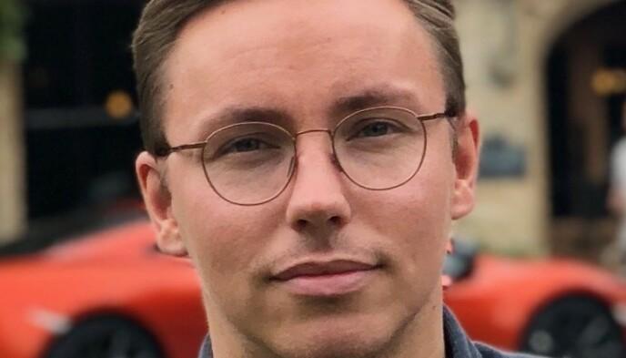 – HELT VANLIG: Kommunikasjonssjef for Skoda hos importør Harald A. Møller, Morten Moum, viser til bransjestandarden for kontrakter.