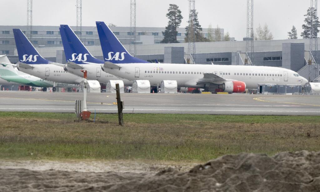 PÅ BAKKEN: SAS sattt mange av sine fly på bakken etter at pilotene har gikk ut i streik i april. Foto: Terje Pedersen/NTB scanpix.
