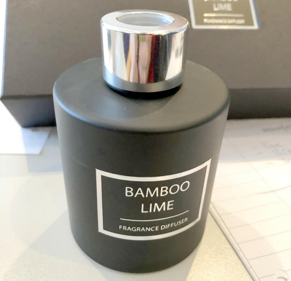 TRUKKET UMIDDELBART: «Bamboo Lime duft» solgt hos Black Design manglet barnesikret lukning etter EU-kravene for stoffene i dette produktet. Forhandleren trakk produktet fra markedet straks de ble gjort oppmerksom på feilen. Foto: Miljødirektoratet