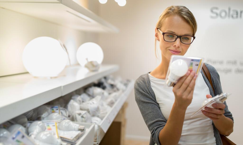 NYE KRAV: Snart kommer det nye krav til led-lamper i EU: Det settes krav til hvor mye led-lampene kan flimre. Det er godt nytt for forbrukere, men det finnes allerede mange led-pærer som vil bestå de nye kravene, ifølge en fersk test fra Sverige. Foto: Shutterstock/NTB scanpix