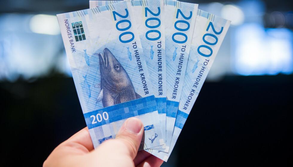 KONTANT BETALING: Senterpartiet ønsker å sikre retten til kontant betaling i større grad enn i dag. Foto: NTB Scanpix