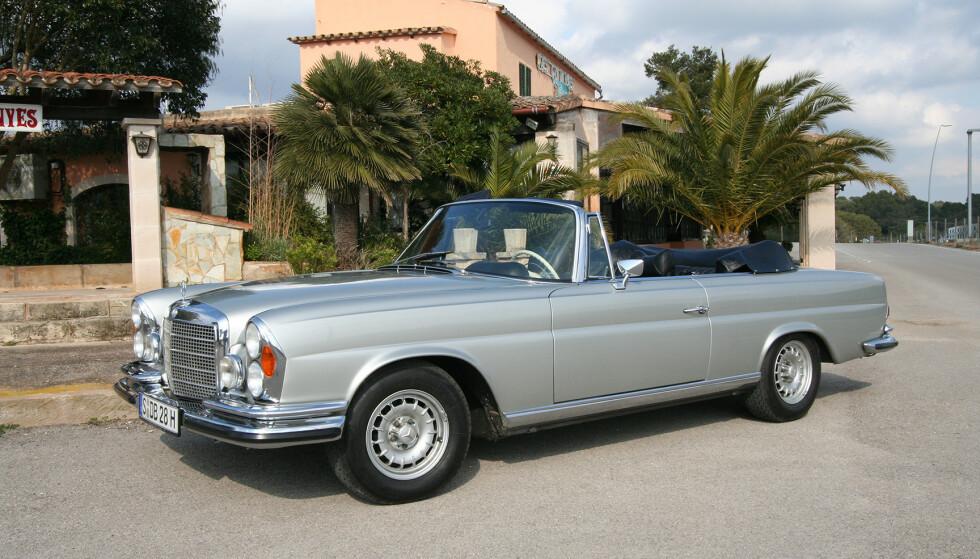 SJELDEN: Kun 7013 W111 kabriolet-biler ble produsert. Av disse var 1232 biler av typen 280 SE 3.5. Foto: Lord Arnstein Landsem