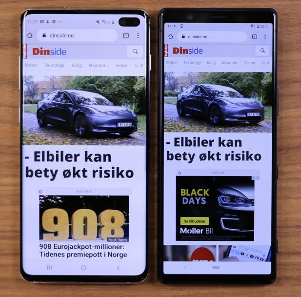 MINDRE SKROLLING: Slik ser nettsider ut på henholdsvis Samsung Galaxy S10+ (venstre) og Sony Xperia 5 (høyre). På den smale skjermen til sistnevnte får man plass til mer innhold. Foto: Kirsti Østvang