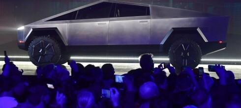 Tesla lanserte sin første elektriske pickup
