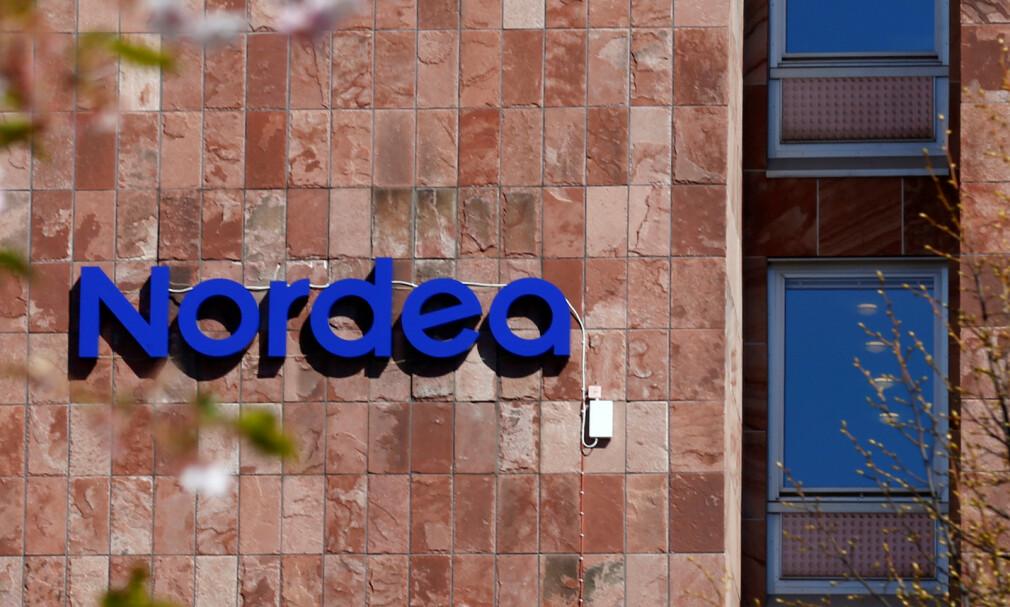 BUNNPLASSERING: Nordens største bank, Nordea, kommer ikke særlig godt ut i ny etikk-undersøkelse. Foto: Ints Kalnins/Reuters/NTB Scanpix.