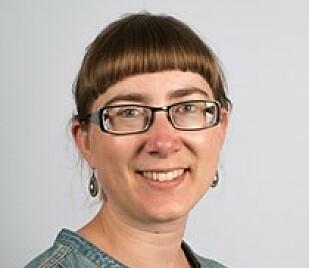 EDDERKOPP-EKSPERT: Sandra Åström, forsker ved Norsk Institutt for naturforskning (NINA). Foto: NINA.