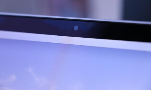 MIDDELS WEBKAMERA: Kameraet som sitter i toppen av skjermen på MacBook Pro er bare i 720p-oppløsning. Her kunne kanskje Apple spandert på oss noe bedre. Foto: Kirsti Østvang