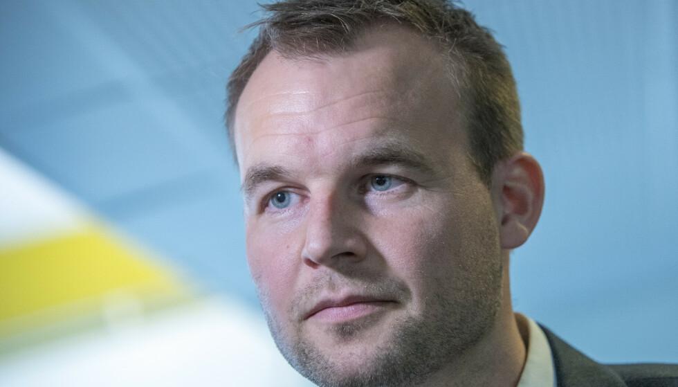 USUNT FORBRUK: Kjell Ingolf Ropstad er barne- og familieminister, men også forbrukerminister. Han er bekymret over hva lite gjennomtenkt black friday-handel på kreditt kan gjøre med gjeldsgraden i norske husholdninger og barnefattigdom. Foto: Ole Berg-Rusten/NTB Scanpix.